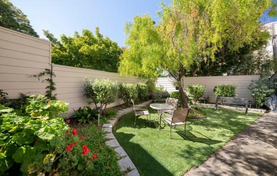 Buena Vista Inn - Lush Private Gardens